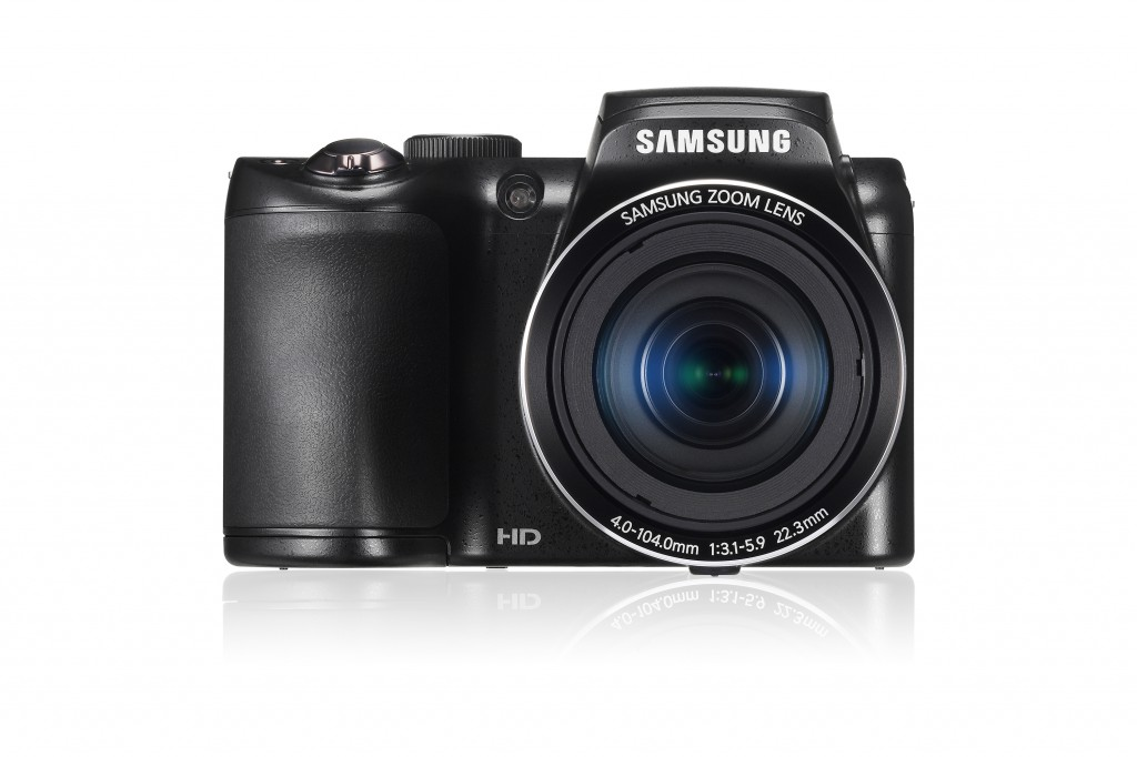 Samsung WB100 Front