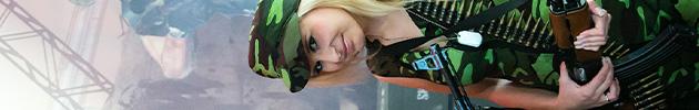 shadowncompany2 bar Girls of Gamescom 2012   unsere Booth Babe Fotoreihe