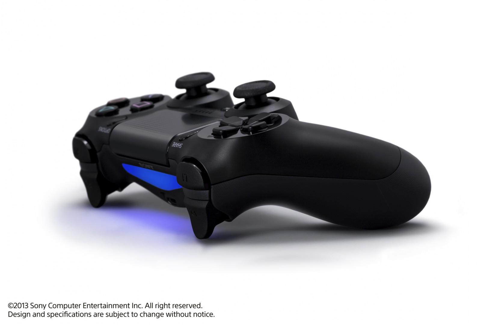 Sony-PlayStation-4-2013-Gamescom-WBI-4