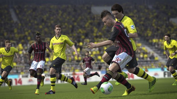 fifa14_ps3_jostle_for_ball
