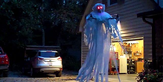 Coole Halloween-Idee: Quadrocopter als Gespenst