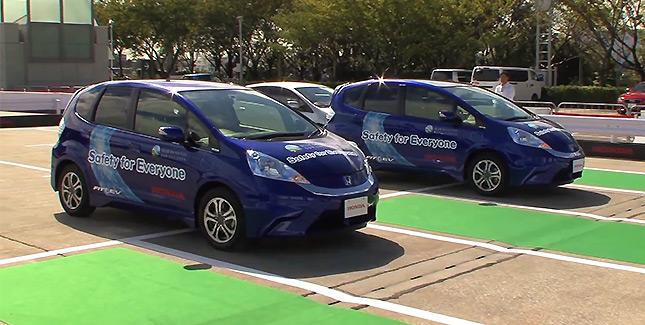 Erstes vollautomatisches Parkhaus: Autonome Stellplatzsuche