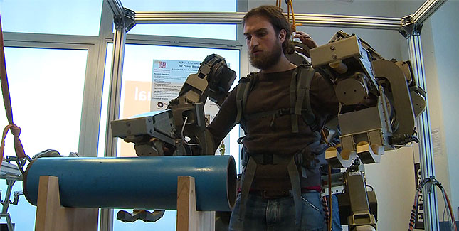 Robo Suit: Stark wie Hulk dank Roboter Exoskelett