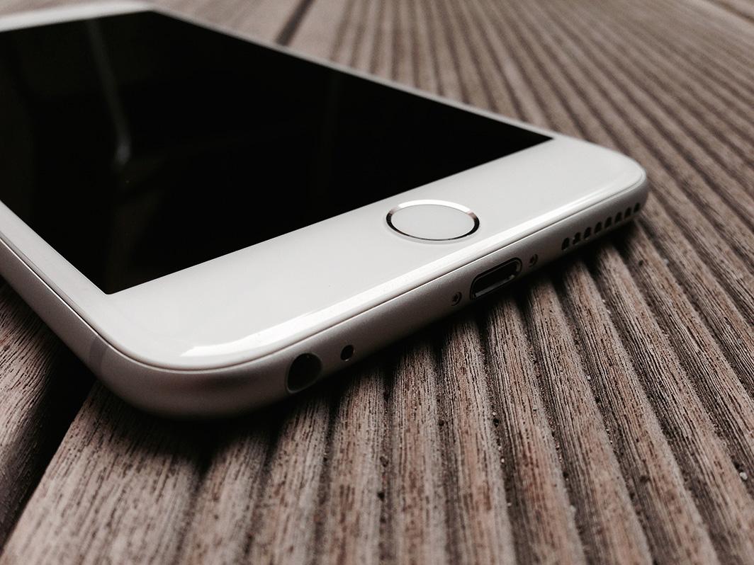 iPhone-6-Plus_co2