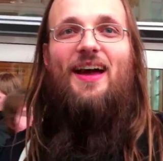 Jailbreak: Cydia-Vater Saurik hat heute Geburtstag!