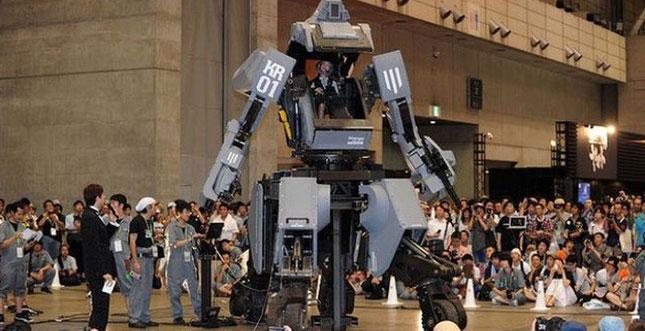 Amazon verkauft nun auch 4,5-Tonner Kampfroboter in Japan