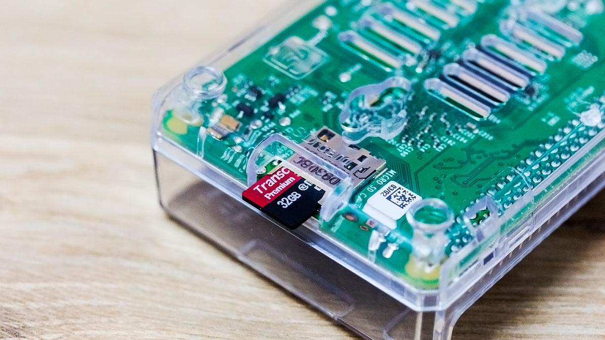 raspberry-pi-2-microsd