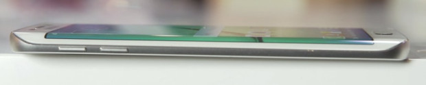 Samsung-Galaxy-S6-Edge_c02