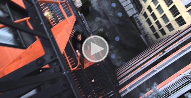 Spektakuläres Unboxing des Galaxy S6 Edge als POV-Actionfilm