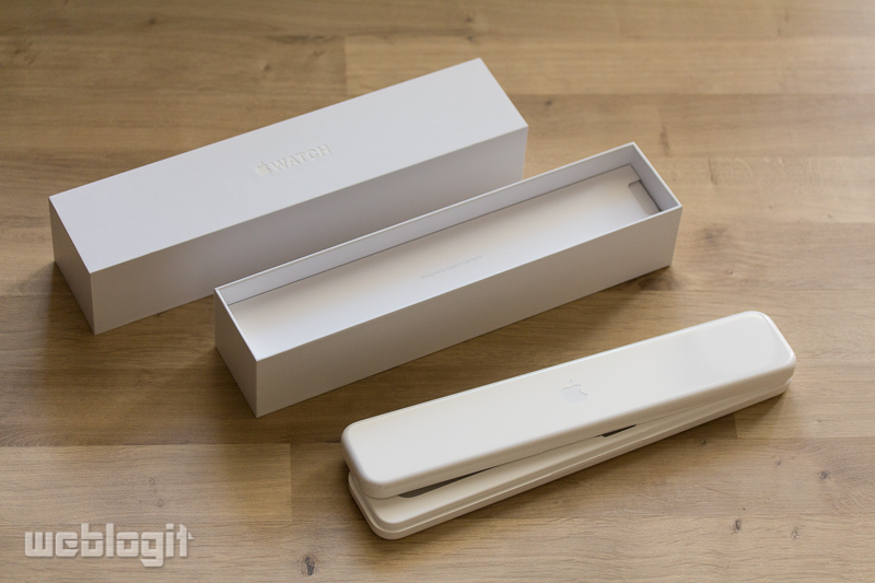 Apple Watch Sport Unboxing
