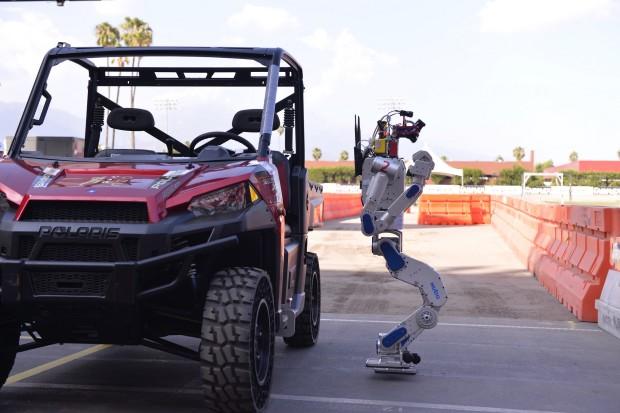 drc-hubo-jeep