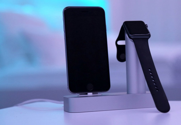 Aviato-DUO-Apple-Watch-Dock-3
