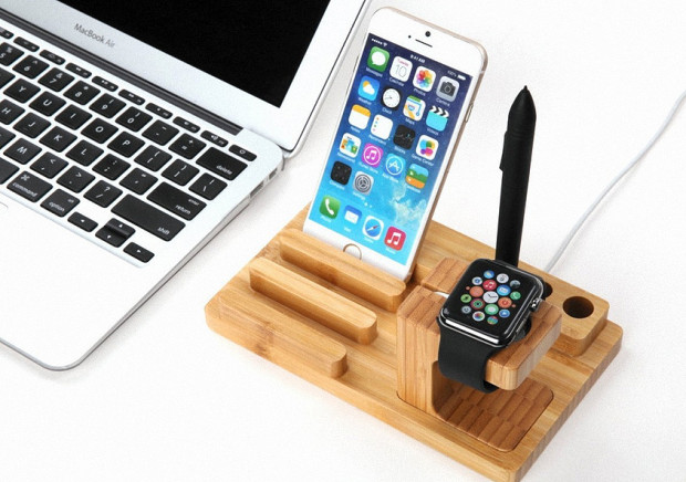 ELTD-Bambus-Universal-Apple-Watch-Dock-3
