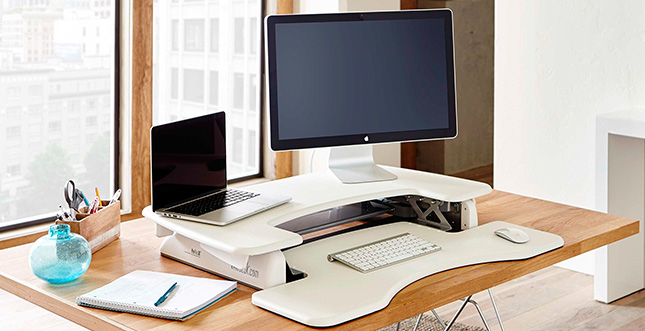varidesk pro plus stehtisch aufsatz im test l weblogit. Black Bedroom Furniture Sets. Home Design Ideas