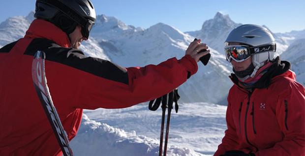 Smartphone-im-Winter-Skiurlaub