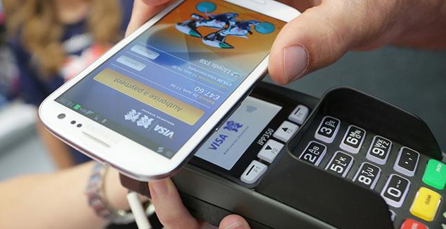 Samsung Pay toppt Apple Pay: Höhnischer Werbespot