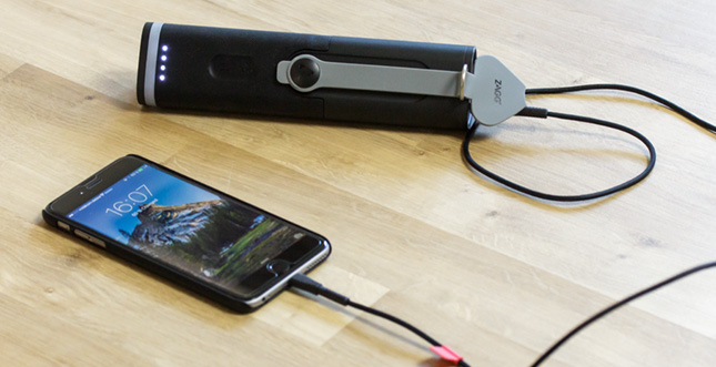 "ZAGG ""Power Amp 18"" Akkustation im Test: Mit Lightning ""Rugged Cable"""